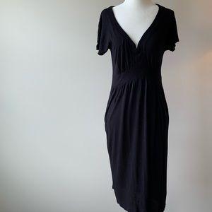 GAP Dresses - Gap short sleeve v neck jersey dress